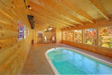 Smoky Mountain 2 Bedroom Private Indoor Swimming Pool Cabin With Hot Tub