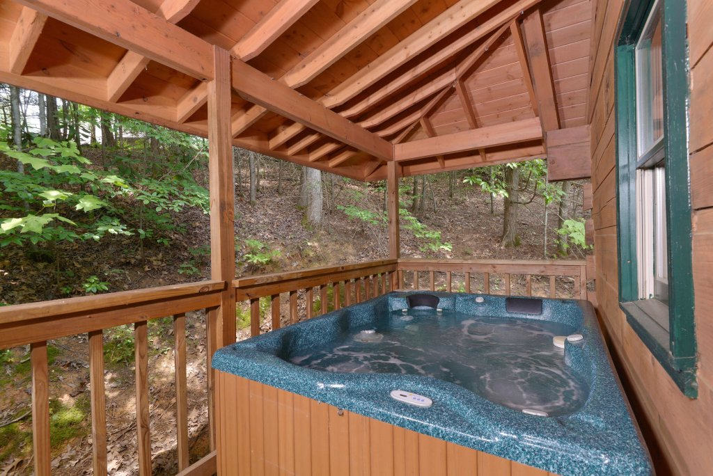 Photo of a Gatlinburg Cabin named Zen Garden #1523 - This is the fourth photo in the set.