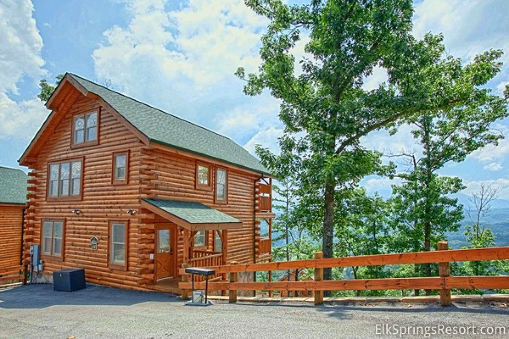 Photo of a Pigeon Forge Cabin named Endless Views (#54) - This is the twelfth photo in the set.