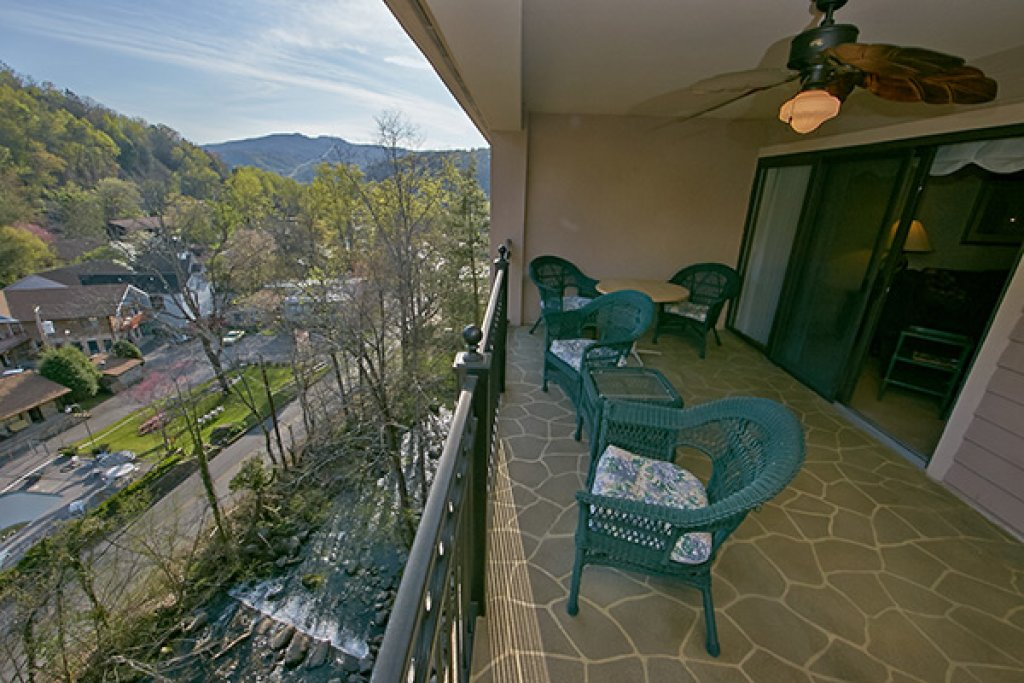 Photo of a Gatlinburg Cabin named Gatehouse Condos - 704 - This is the fourth photo in the set.