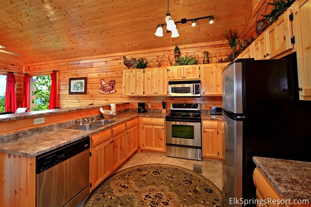 Photo of a Pigeon Forge Cabin named Mountain Dreams (#104) - This is the eighth photo in the set.