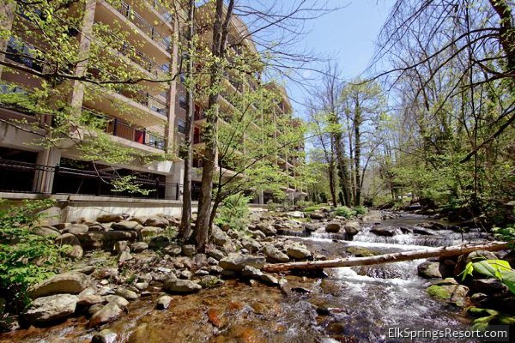 Photo of a Gatlinburg Cabin named Gatehouse Condos - 704 - This is the seventh photo in the set.