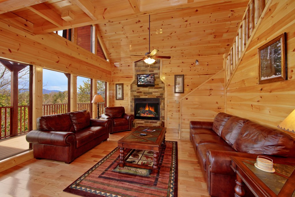 Photo of a Gatlinburg Cabin named Eagles Nest - This is the tenth photo in the set.