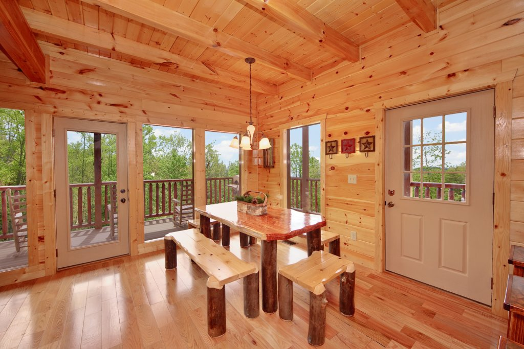Photo of a Gatlinburg Cabin named Summit Sanctuary - This is the seventh photo in the set.