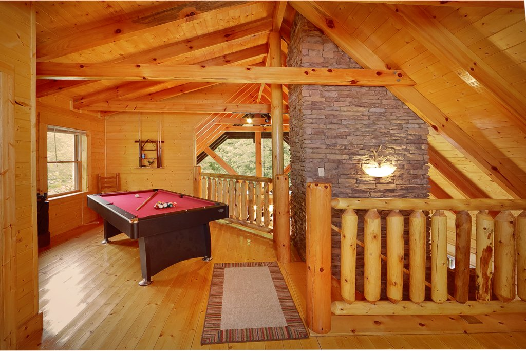 Photo of a Gatlinburg Cabin named Magic Moments - This is the fourth photo in the set.