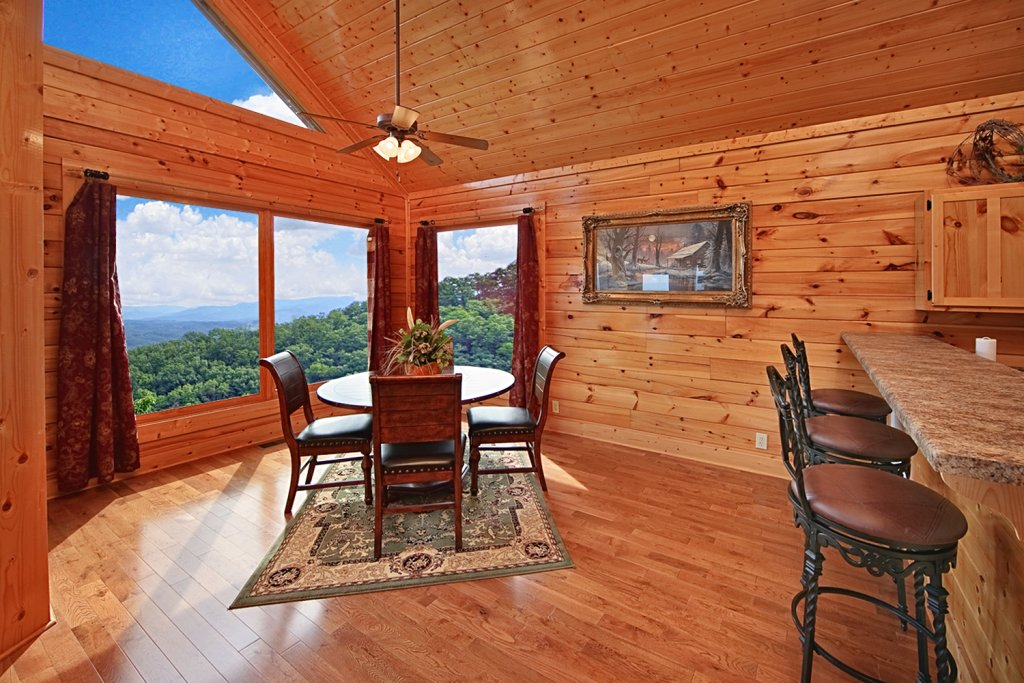 Photo of a Pigeon Forge Cabin named Above The Clouds (#75) - This is the sixth photo in the set.
