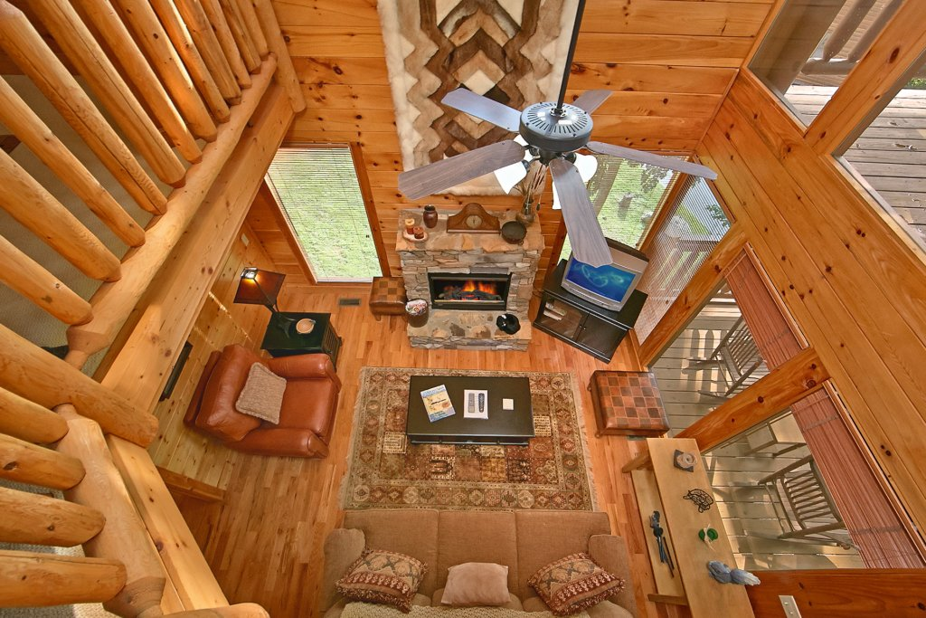 Photo of a Pigeon Forge Cabin named Sweet Retreat - This is the ninth photo in the set.