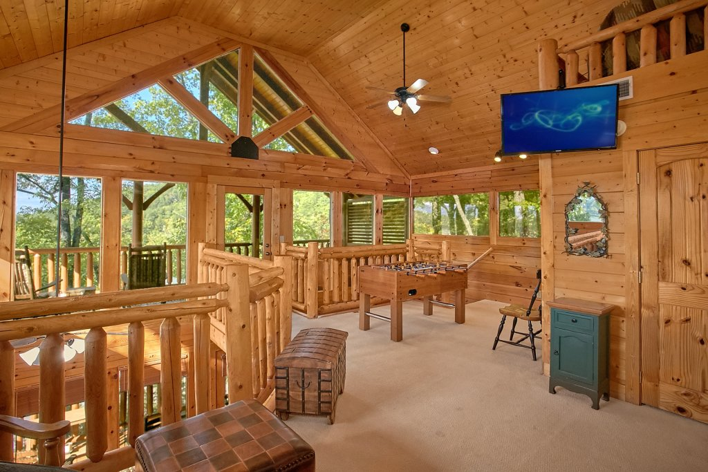Photo of a Pigeon Forge Cabin named Sweet Retreat - This is the eleventh photo in the set.