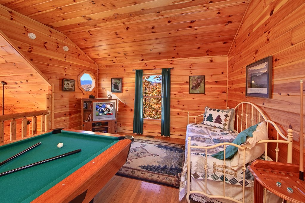 Photo of a Gatlinburg Cabin named Cajun Hideaway - This is the fifth photo in the set.
