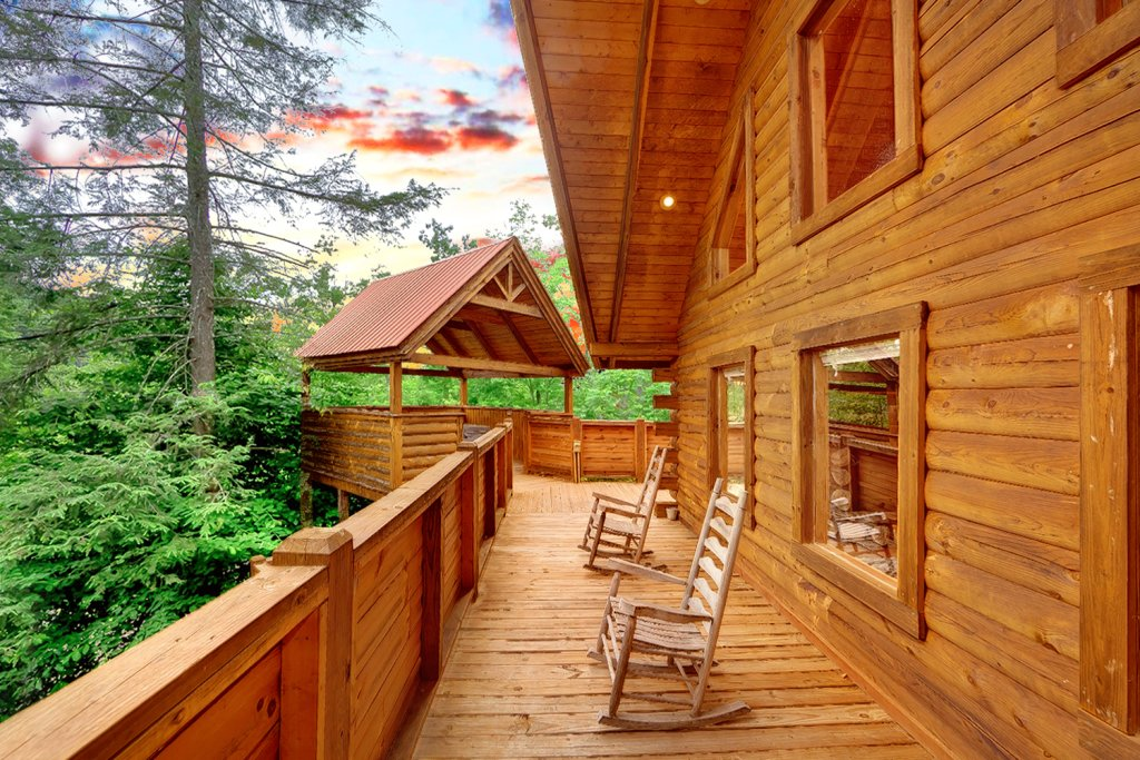 Photo of a Gatlinburg Cabin named Buckhaven - This is the third photo in the set.