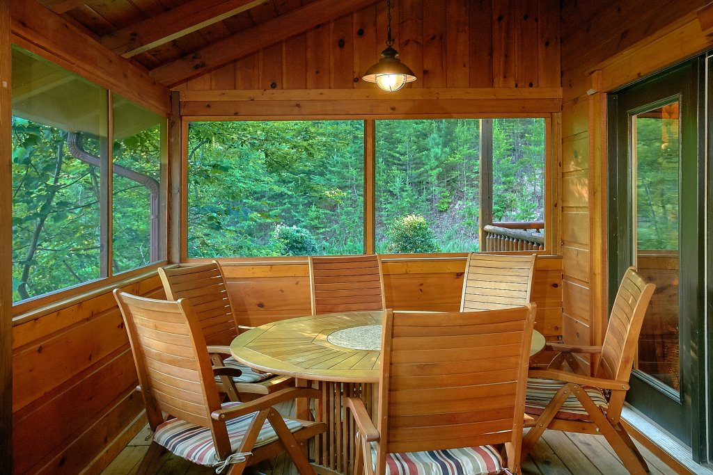 Photo of a Gatlinburg Cabin named Four Seasons - This is the third photo in the set.