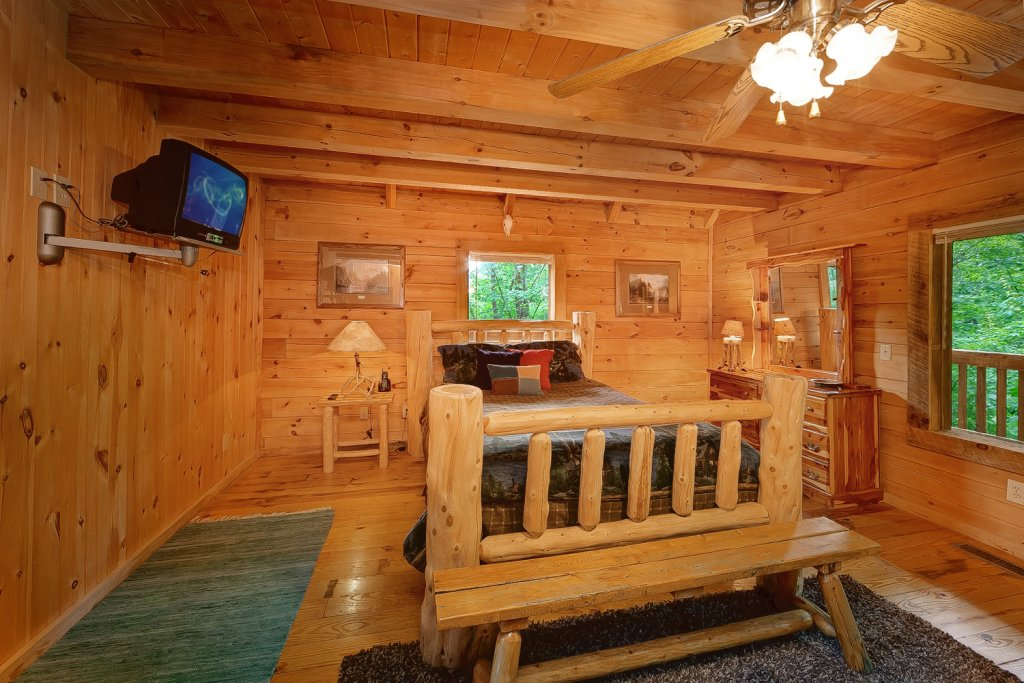 Photo of a Gatlinburg Cabin named Buckhaven - This is the twelfth photo in the set.