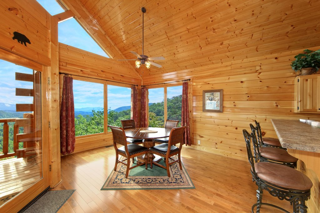 Photo of a Pigeon Forge Cabin named Spectacular Views (#51) - This is the fifth photo in the set.