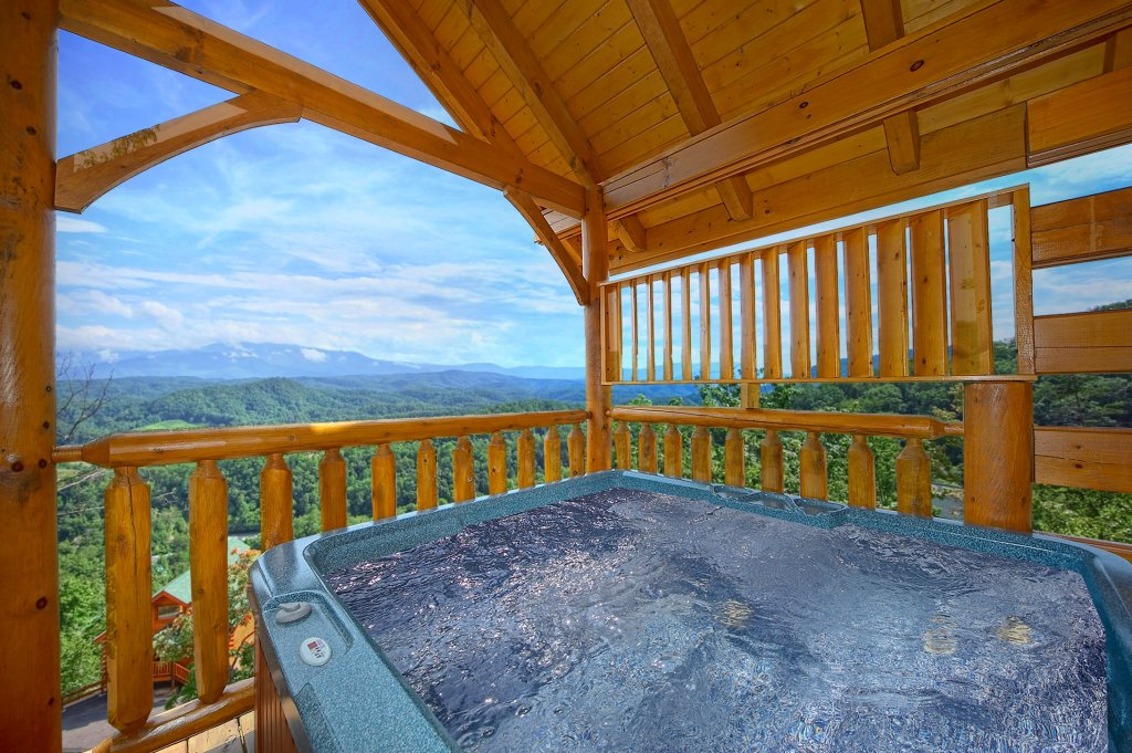 Photo of a Pigeon Forge Cabin named Spectacular Views (#51) - This is the first photo in the set.