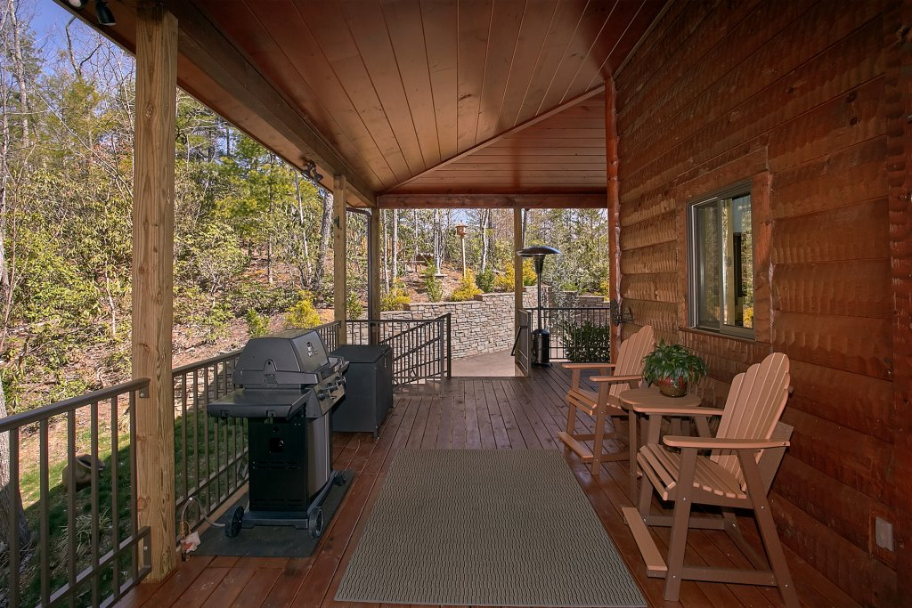 Photo of a Gatlinburg Cabin named Livin It Up - This is the ninth photo in the set.