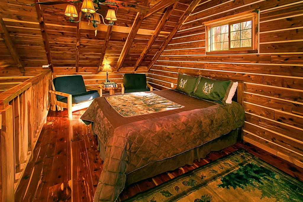 Photo of a Gatlinburg Cabin named Deer To My Heart - This is the tenth photo in the set.
