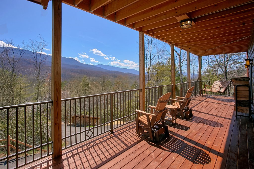Photo of a Gatlinburg Cabin named Livin It Up - This is the seventh photo in the set.