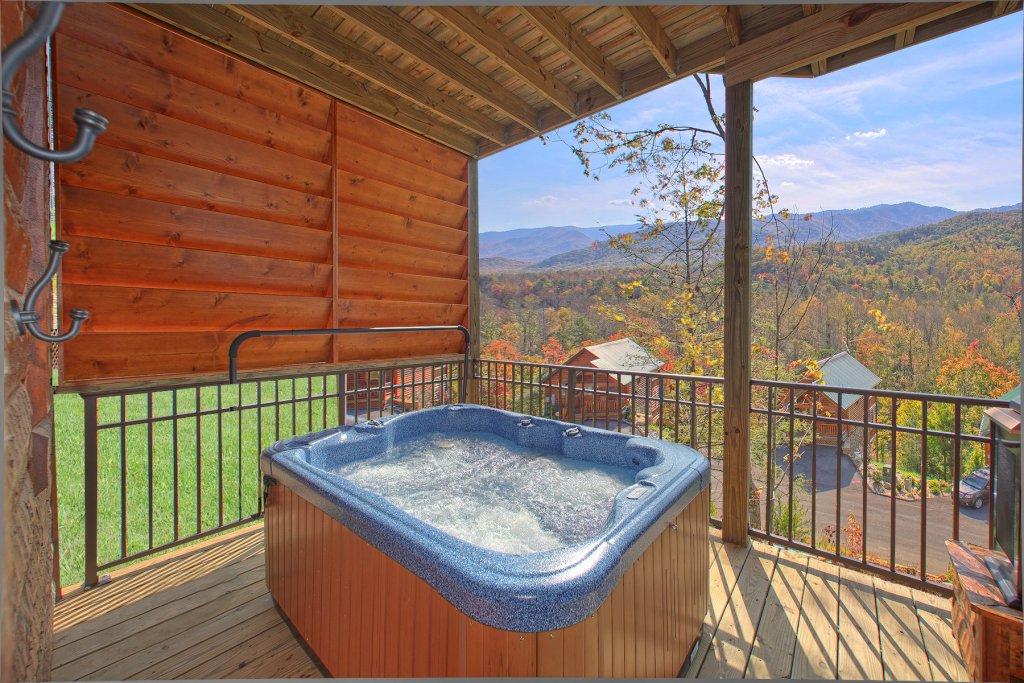 Photo of a Gatlinburg Cabin named Mountain Elegance - This is the fourth photo in the set.