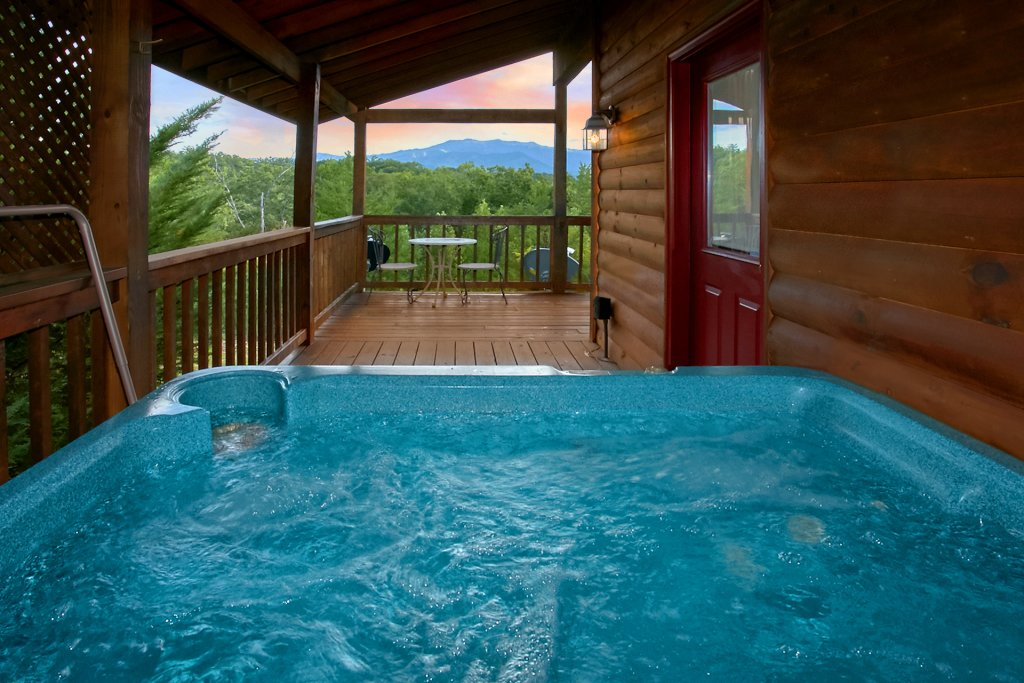Photo of a Gatlinburg Cabin named Hawks Vue - This is the seventh photo in the set.