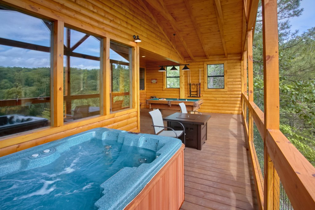 Photo of a Gatlinburg Cabin named Love Me Tender - This is the sixth photo in the set.