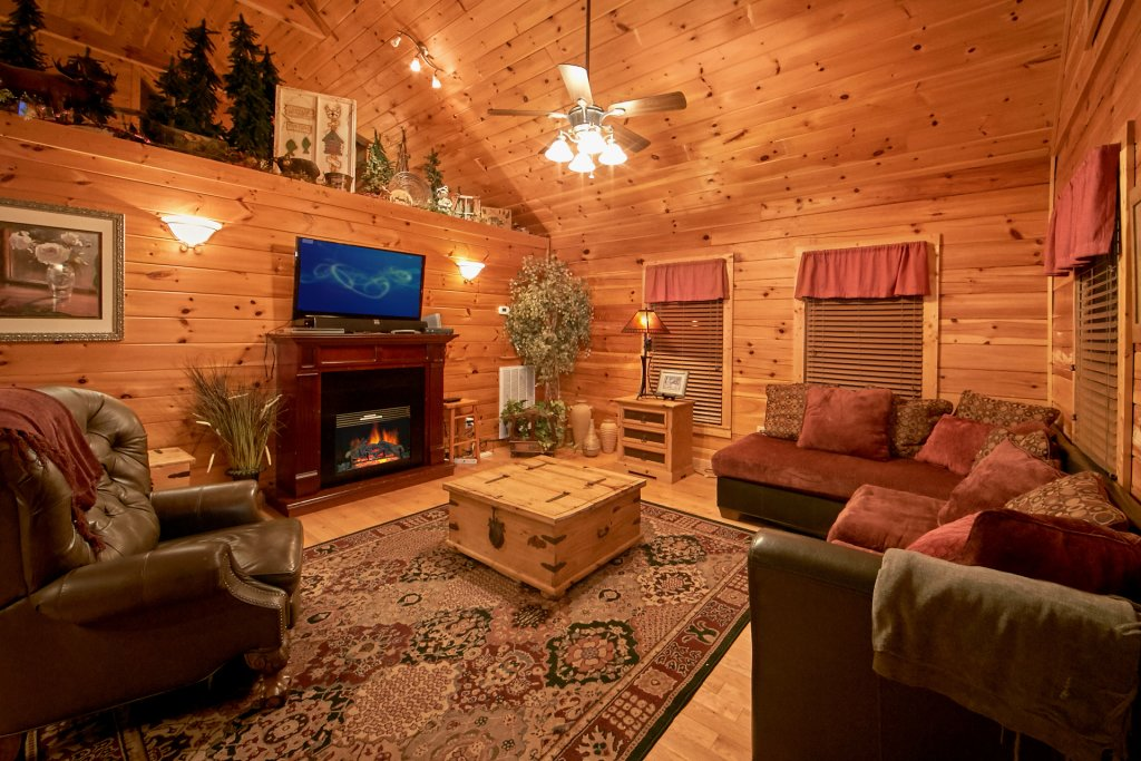 Photo of a Gatlinburg Cabin named Splish Splash - This is the seventh photo in the set.