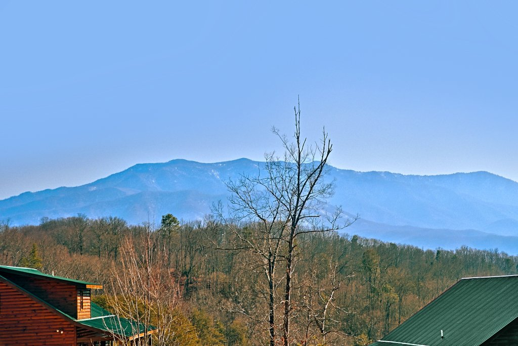 Photo of a Gatlinburg Cabin named A Slice Of Heaven - This is the first photo in the set.