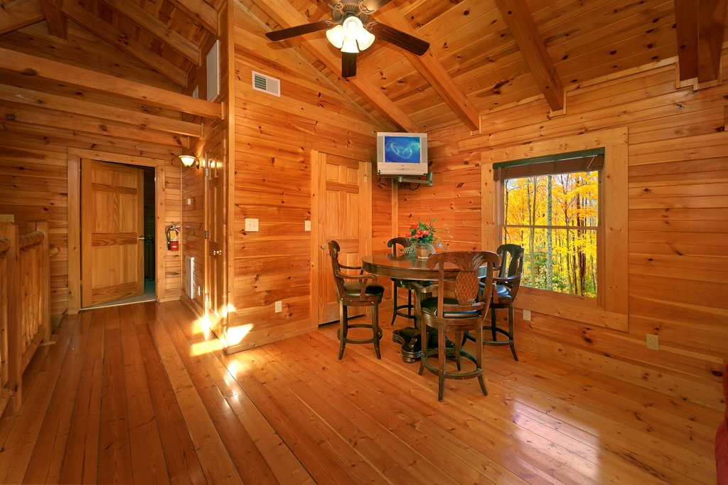 Photo of a Gatlinburg Cabin named Mountain Laurel - This is the eleventh photo in the set.