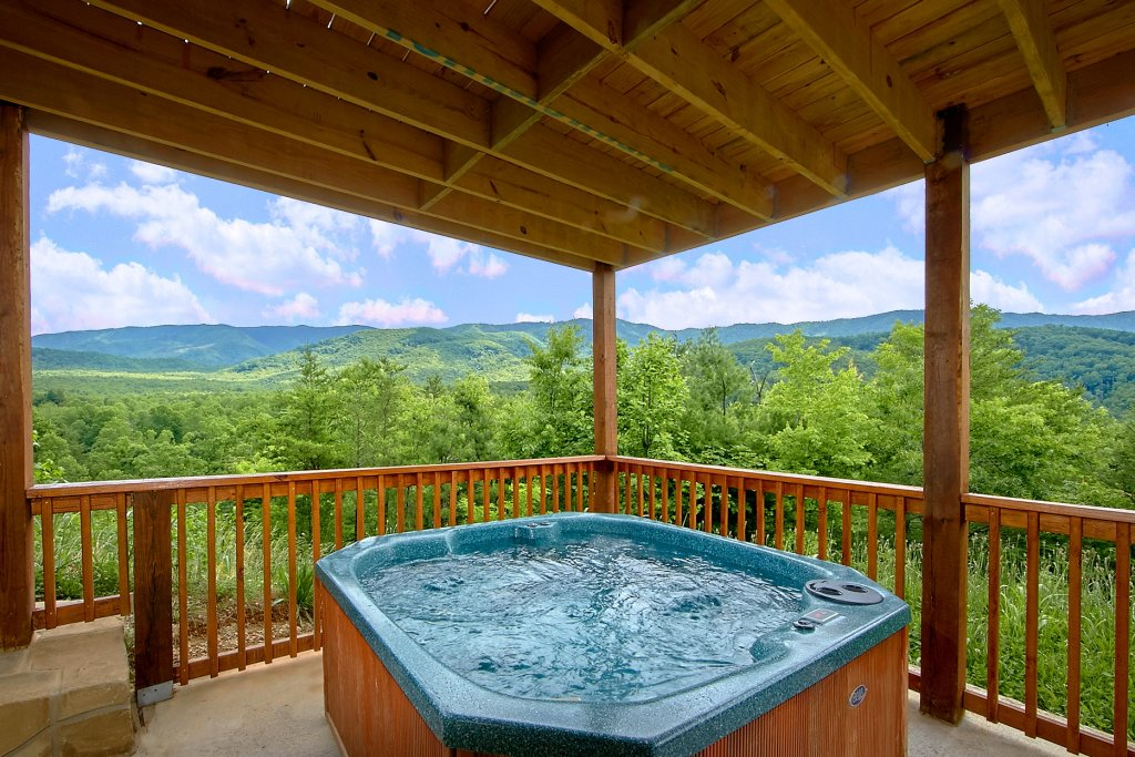 Photo of a Gatlinburg Cabin named Take My Breath Away - This is the first photo in the set.