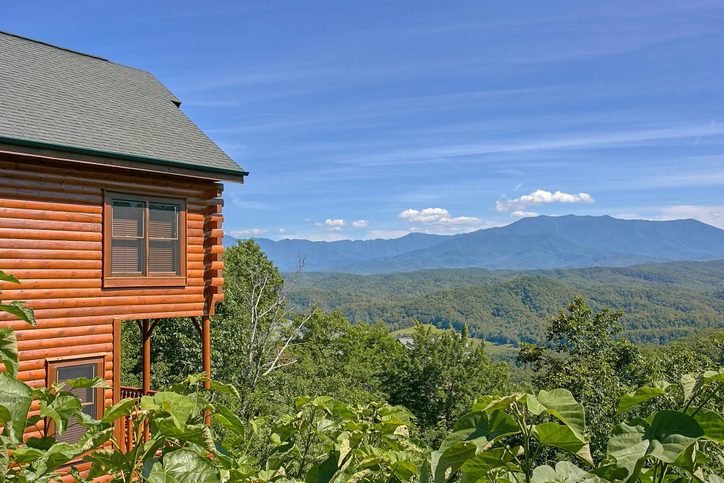 Photo of a Pigeon Forge Cabin named Incredible Views - This is the first photo in the set.
