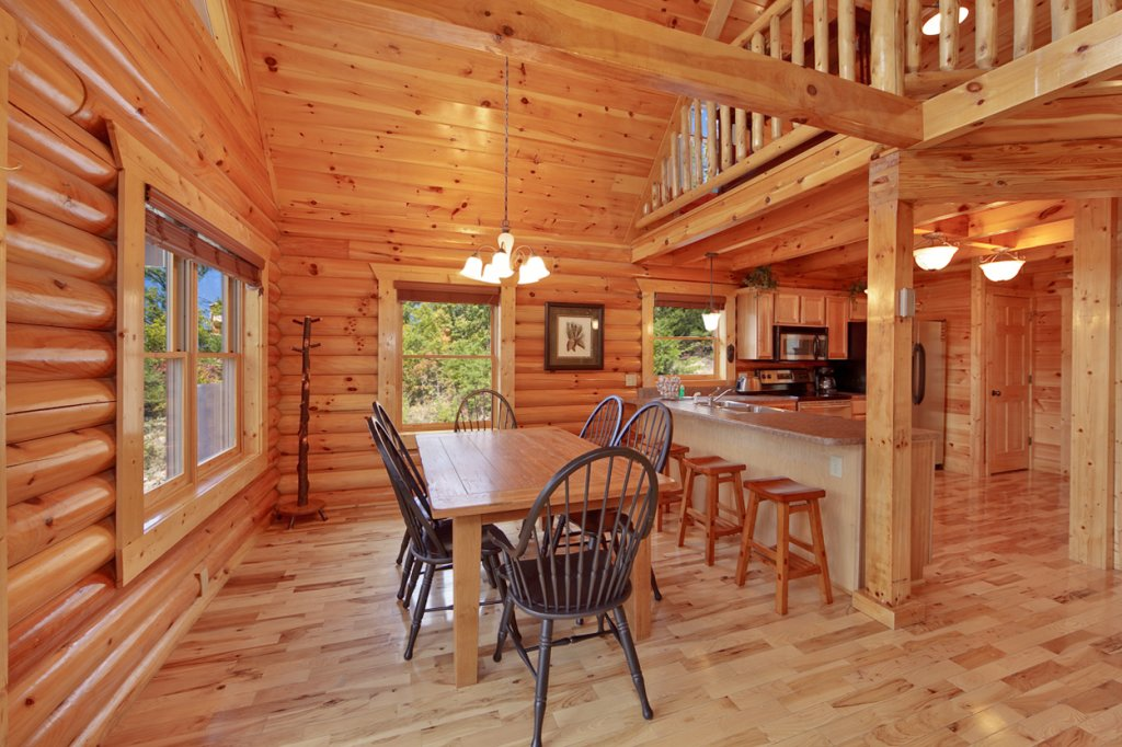 Photo of a Gatlinburg Cabin named Blackjack - This is the eighth photo in the set.