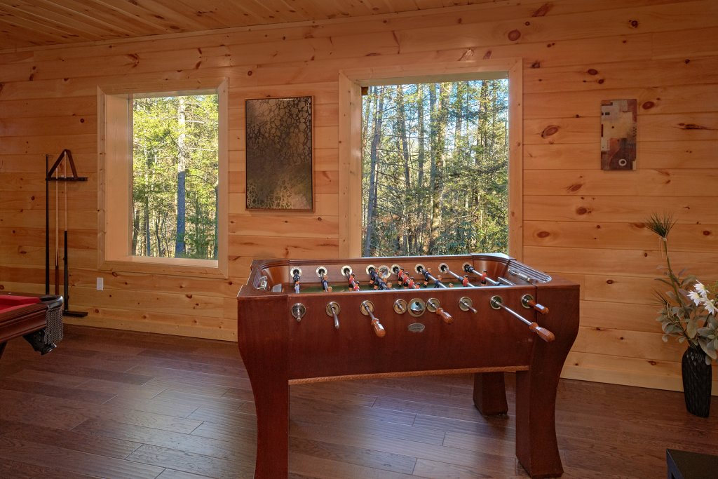 Photo of a Pigeon Forge Cabin named Tranquility - This is the second photo in the set.