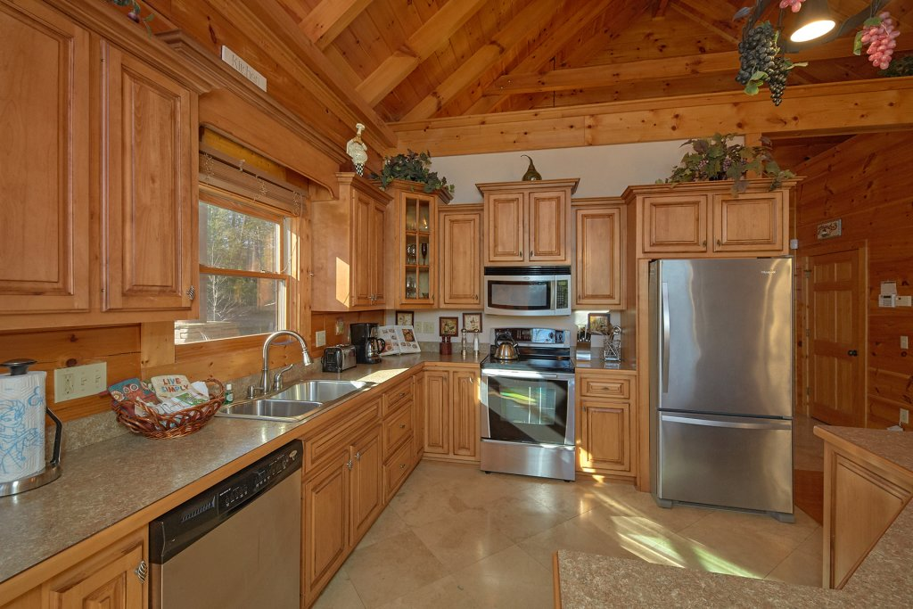 Photo of a Pigeon Forge Cabin named Tranquility - This is the ninth photo in the set.