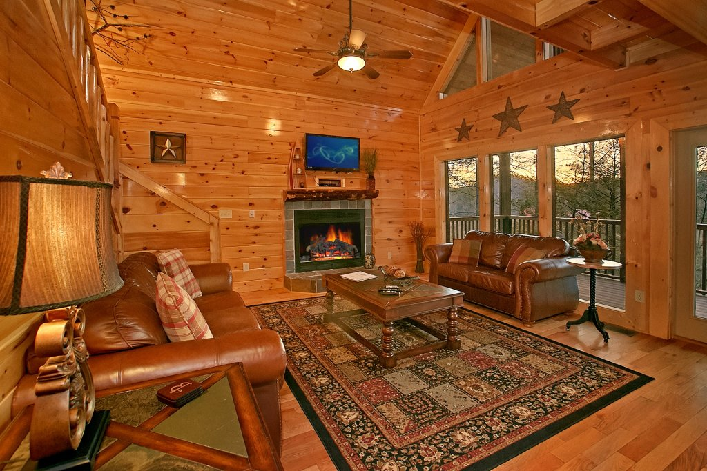 Photo of a Gatlinburg Cabin named Basswood Lodge - This is the twelfth photo in the set.