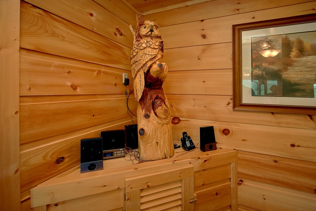 Photo of a Gatlinburg Cabin named Take My Breath Away - This is the sixteenth photo in the set.