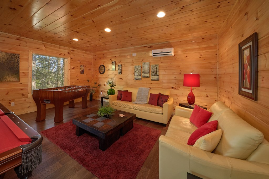 Photo of a Pigeon Forge Cabin named Tranquility - This is the fourth photo in the set.