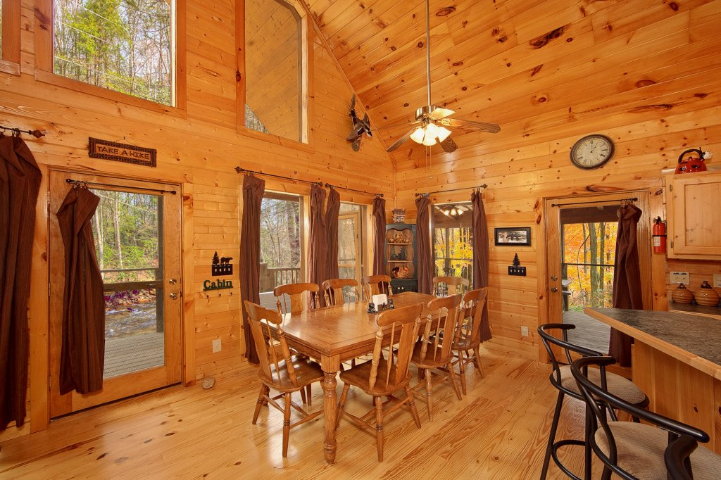 Photo of a Gatlinburg Cabin named Creeksong - This is the twentieth photo in the set.