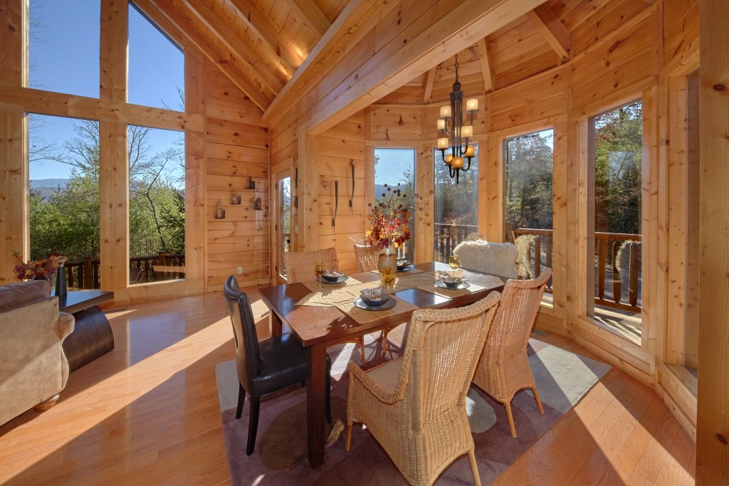 Photo of a Pigeon Forge Cabin named Tranquility - This is the seventh photo in the set.