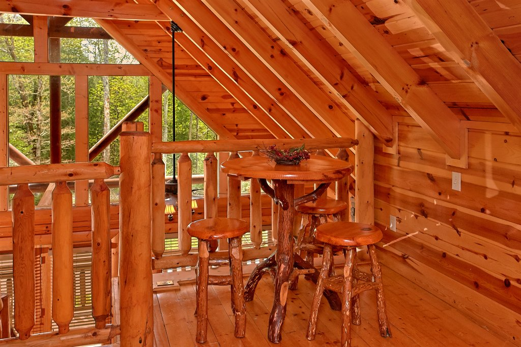 Photo of a Pigeon Forge Cabin named Skinny Dippin - This is the eleventh photo in the set.