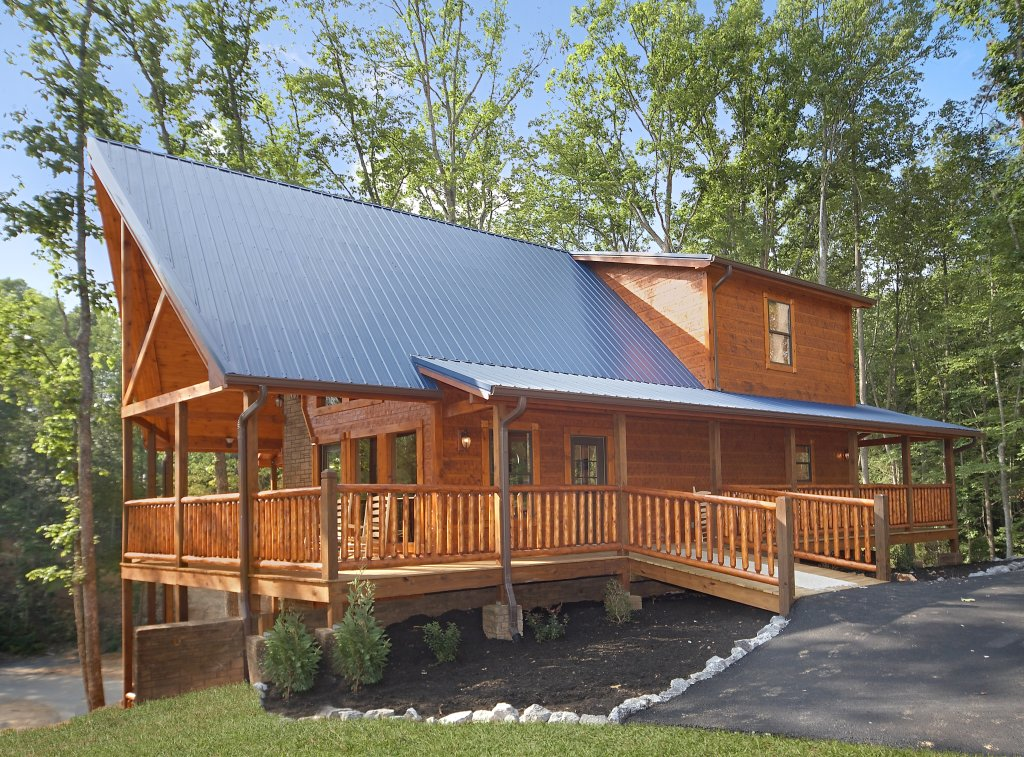 Photo of a Gatlinburg Cabin named Southern Philosophy - This is the second photo in the set.