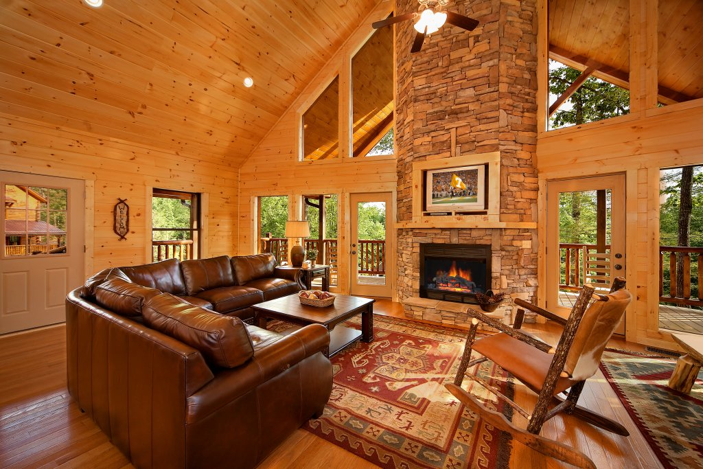 Photo of a Gatlinburg Cabin named Southern Philosophy - This is the ninth photo in the set.