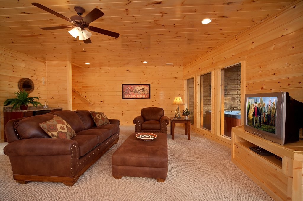 Photo of a Gatlinburg Cabin named Southern Philosophy - This is the fifteenth photo in the set.