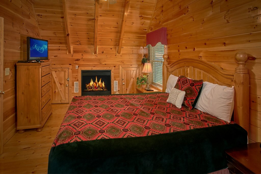 Photo of a Pigeon Forge Cabin named A Mountain View Theater Lodge - This is the twenty-first photo in the set.