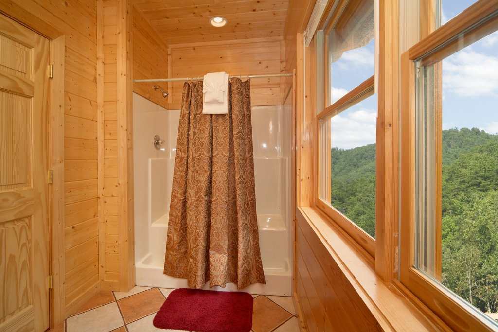 Photo of a Pigeon Forge Cabin named Home Theater Lodge - This is the twenty-third photo in the set.