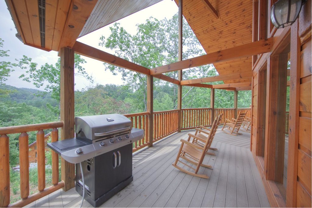 Photo of a Gatlinburg Cabin named Lazy Daze Lodge - This is the third photo in the set.