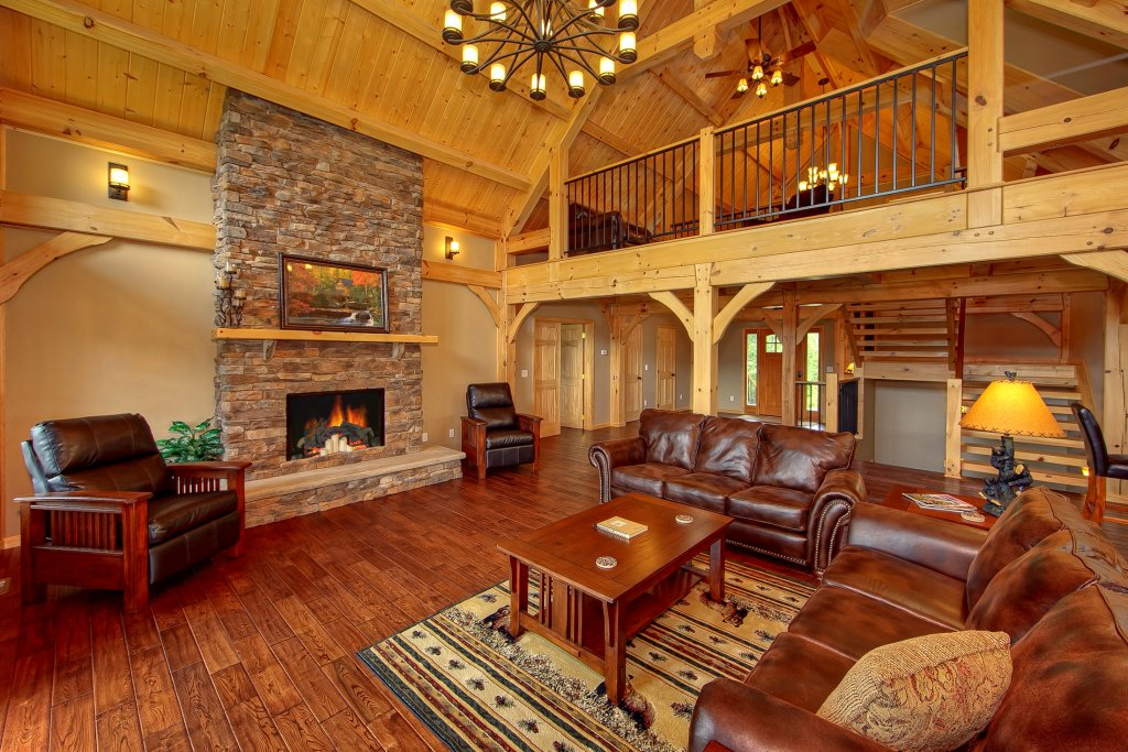 Photo of a Gatlinburg Cabin named Amazing Views Retreat - This is the tenth photo in the set.