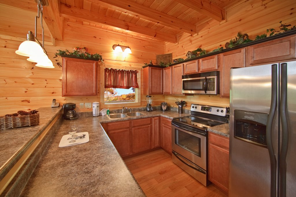 Photo of a Gatlinburg Cabin named Lazy Daze Lodge - This is the twelfth photo in the set.