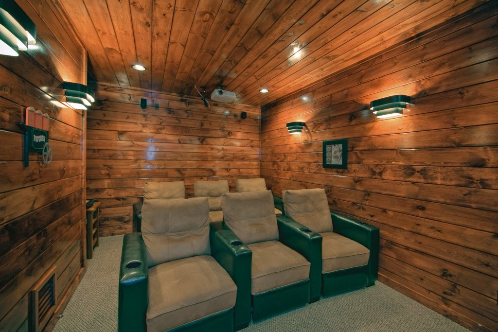 Photo of a Gatlinburg Cabin named Lazy Daze Lodge - This is the second photo in the set.