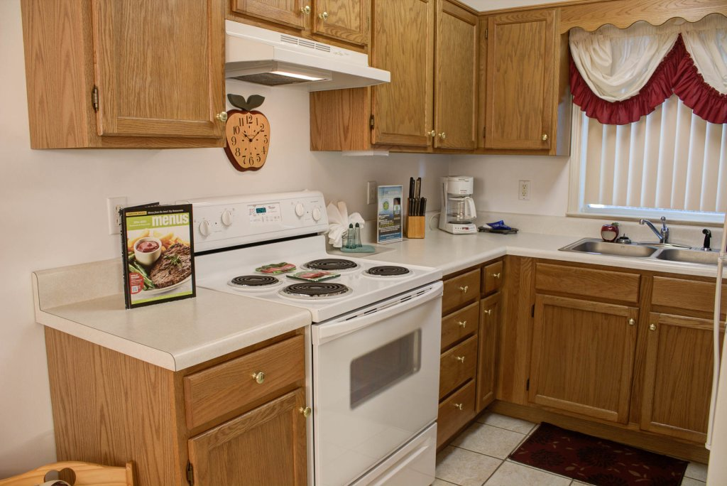 Photo of a Pigeon Forge Condo named Whispering Pines 452 - This is the fifth photo in the set.