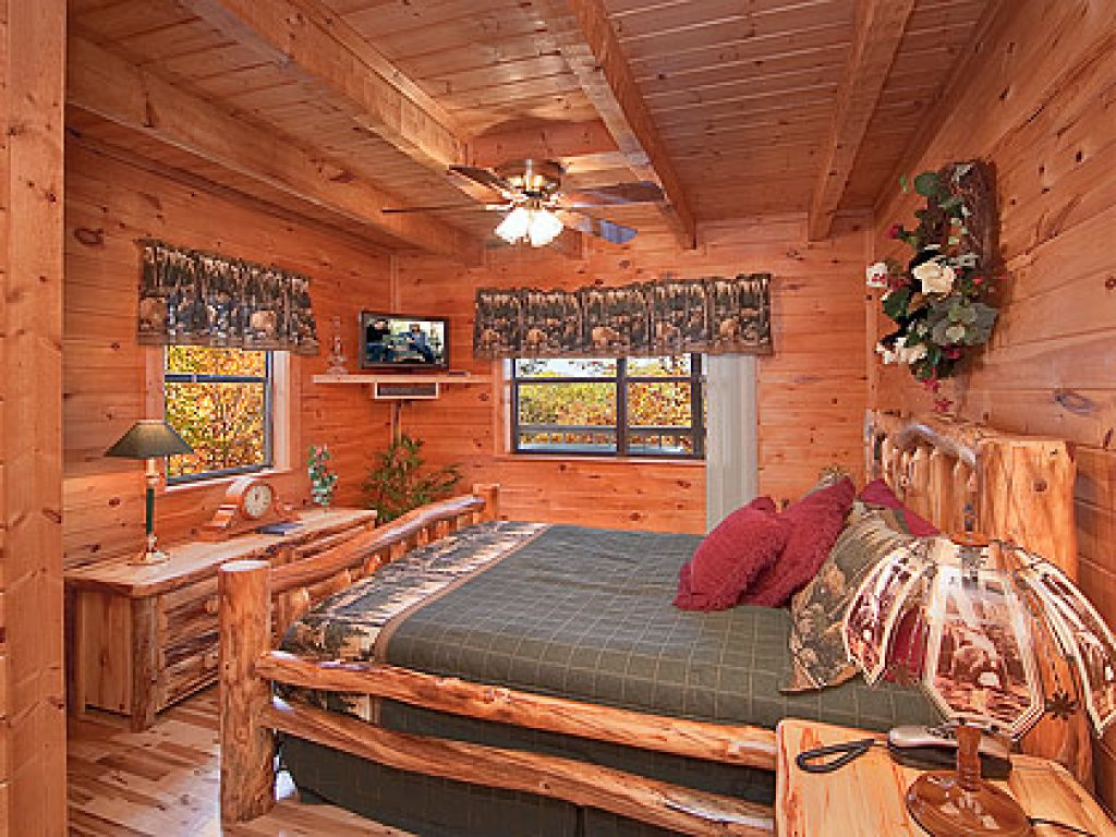 Photo of a Gatlinburg Cabin named Mountain Memories - This is the twenty-fourth photo in the set.