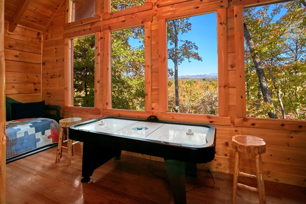 Photo of a Pigeon Forge Cabin named Pinnacle Vista - This is the ninth photo in the set.